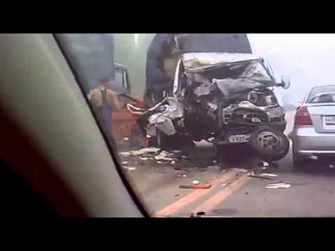 Авария с автобусом на трассе в кореновске 06 06 2013 смотреть видео с регистратора