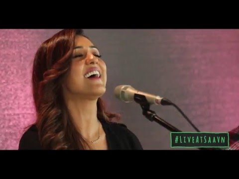 """Ishq Wala Love"" - Live@Saavn - Neeti Mohan"