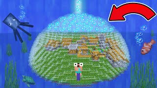NOOB UNDERWATER VILLAGE SURVIVAL IN MINCRAFT!