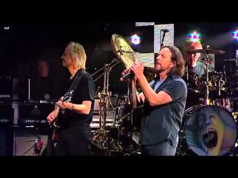 Roger Waters- Comfortably Numb feat. Eddie Vedder (Pearl Jam)