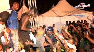 Stonebwoy forced back on stage to perform