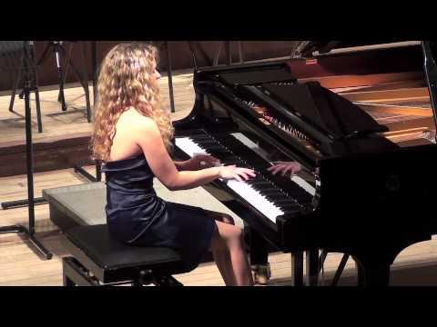 Veronika Shoot plays Mozart Fantasia in C minor K475
