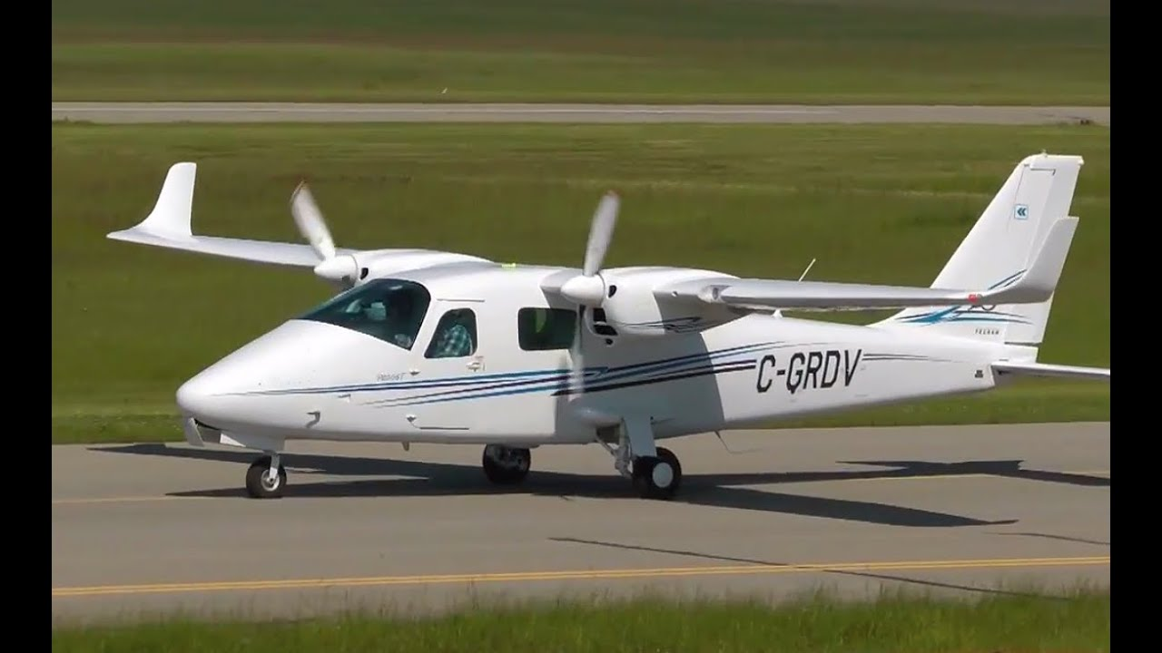 Download Tecnam P2006T landing at Calgary Springbank Airport CYBW