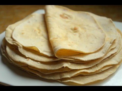 dried-herbs-and-olive-oil-flour-tortillas-خبز-التورتيلا-منسم-بزيت-الزيتون-و-الاعشاب