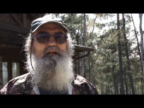 Hilarious Uncle Si Commercial Shoot Outtakes for Flextone Black Rack.
