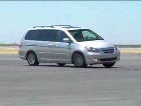 2008 dodge grand caravan vs 2007 honda odyssey. Black Bedroom Furniture Sets. Home Design Ideas