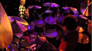 Simon Phillips (L. Ritenour & M. Stern) - Big Neighborhood, [drums only camera]