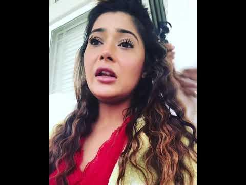 sara khan hair
