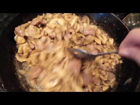 Как приготовить свинину с шампиньонами