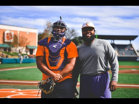 Clemson Football || Christian Wilkins & Dexter Lawrence Throw Out the First Pitch