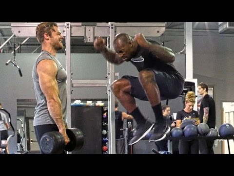 Football - 6 Best Strength Exercises with VERNON DAVIS - Sports Workout