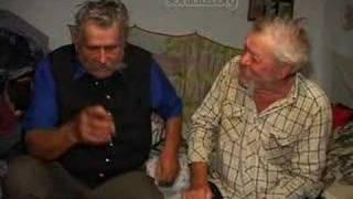 539 Two old shepherds chatting. Juhászcimborák beszélgetnek