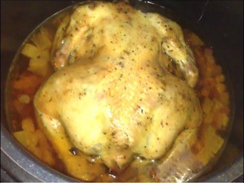 Запеченная курица с клюквой и яблоками в мультиварке-скороварке Redmond 4507