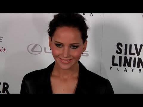 Jennifer Lawrence Jealous Of Bradley Cooper's Girlfriend - Splash News | Splash News TV