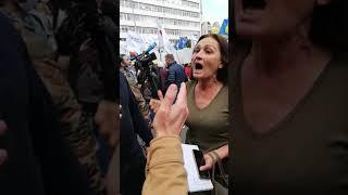 Спор кто лучше Тимошенко или Порошенко!!! #порошенко #тимошенко #политика