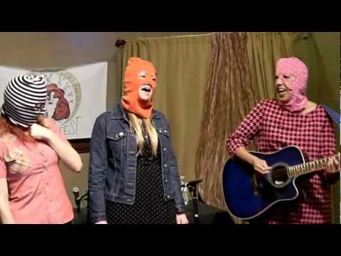 rocknycliveandrecorded.com: Alice Bag, Allison Wolfe, and Drew Denny @LA Zine Fest