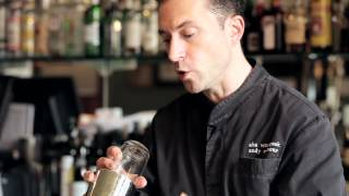 How to Shake a Cocktail - DrinkSkool Bar Techniques
