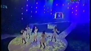YouTube   Perf Ngoi Nha Hanh Phuc   Thuy Tien Album vang 11012010