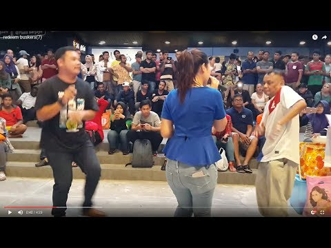 Geboy Mujair-Nurul feat redeem buskers cover Ayu Ting ting,happy dangdut
