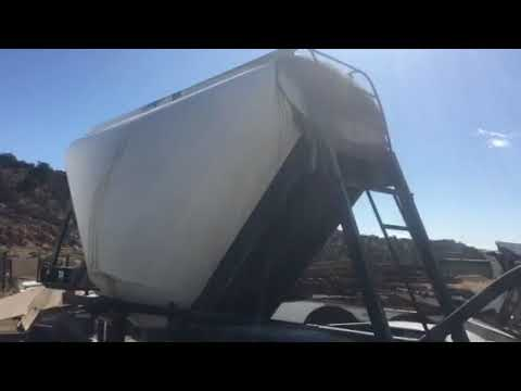 Tires Pneumatic Dry Bulk Double Trailer 460CF