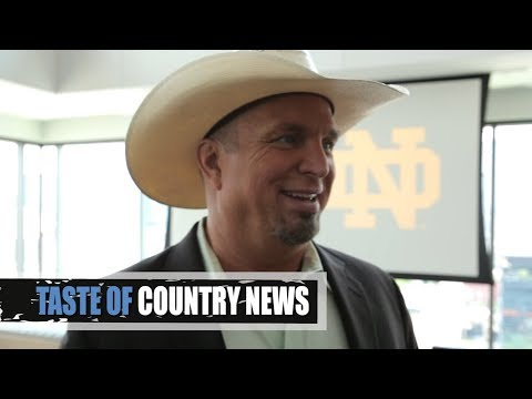 Garth Brooks Plans for a College Football Takeover