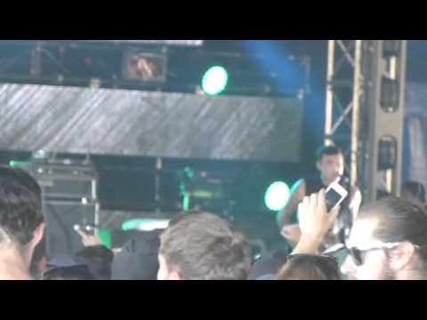 The Amity Affliction - live @ Groovin The Moo, Maitland, April 27 2013, 1 of 2