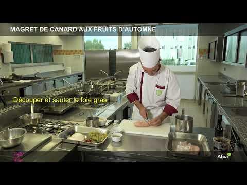 Magret de canard aux raisins frais et foie gras sauté