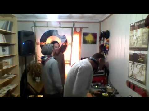 Sizzla / Morgan Heritage - Bless The Youths / Send Us Your Love