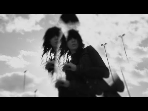Suzie Stapleton - Blood On The Windscreen (Official Video)