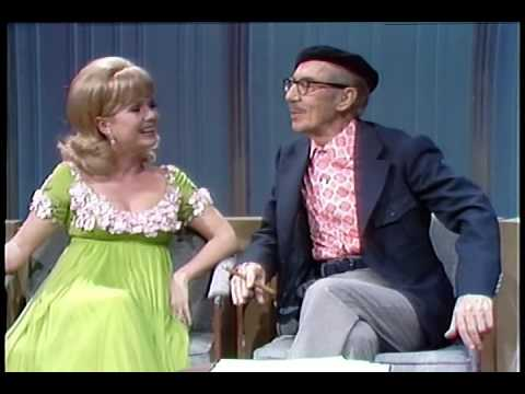Groucho & Erin Sing HELLO, I MUST BE GOING