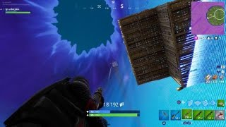 Fortnite BR: When you realise you can use the sky base enemy as an assassain