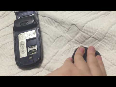 Samsung SGH-D500 mini review (Also my own Battery doll!)