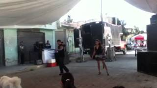 Balu bailando