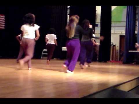 radha teri chunri dance
