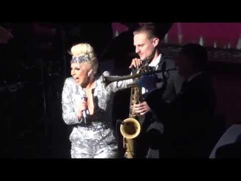 Tony Bennett & Lady Gaga - Bewitched, Bothered & Bewildered - Vancouver 25 May, 2015
