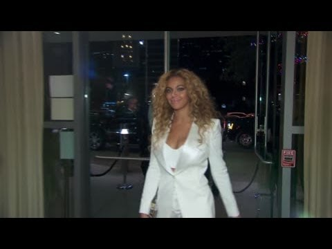 Beyonce Reveals Her Weight Loss Secrets After Shedding 57lbs Post Pregnancy - Splash News