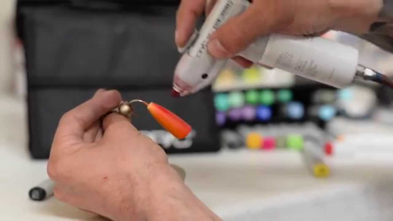 Painting A Fire Popper With The Copic Airbrush System - YouTube