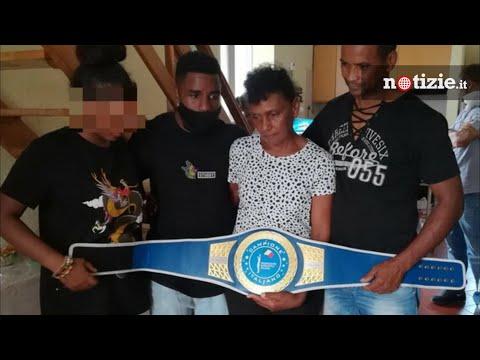 Willy Monteiro, il pugile 'Gringo' Mondongo dedica la cintura al 21enne morto a Colleferro