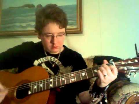 me showing you how to play 'don't worry' by appleton on my classical guitar