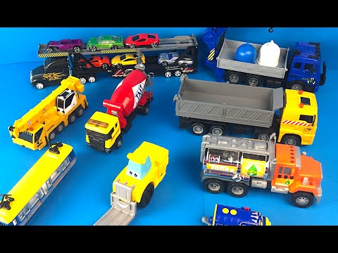 City Vehicles - Fork Lift Dump Truck Crane Cement Truck Tram Tanker Mighty Machines