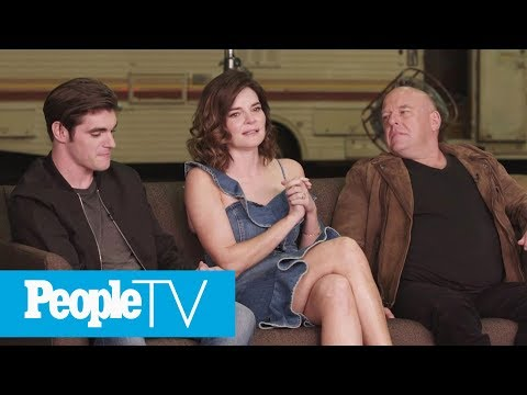 Breaking Bad's Betsy Brandt On The One  She's Never Watched  PeopleTV  Entertainment Weekly