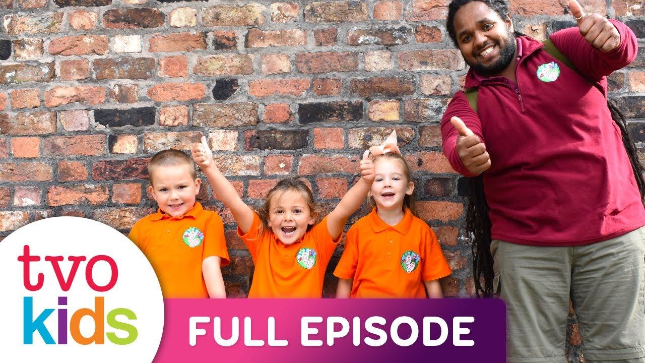 LET'S GO FOR A WALK - Bear House & Football Walk - Full Episode