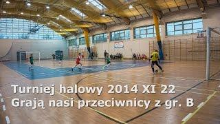 UKS Okęcie - grają nasi przeciwnicy z gr.B - halowy turniej piłki nożnej 2014 XI 22
