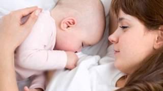 Ben ufacık bir bebeğim, koru beni anneciğim,Cocuk Şarkısı Dinle