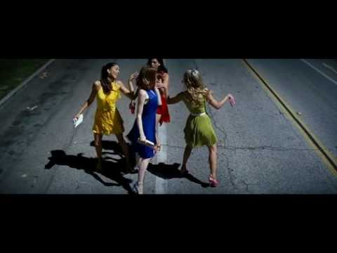 Someone In The Crowd Emma Stone, Callie Hernandez, Sonoya Mizuno & Jessica Rothe
