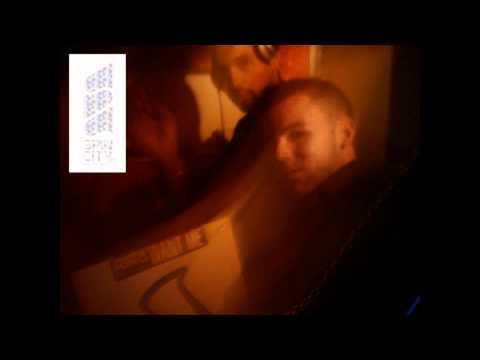 Skitzofrenix - Damn It (Ian Granda & Forrest Funk's slap & spit bootleg)