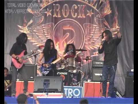 QUARTER MASTER (Surabaya Rock Band )live At  PACITAN ROCK ON STAGE 2