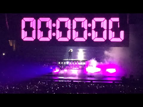 Diamond Heart/Opening - Joanne World Tour - Philadelphia 9-10-17