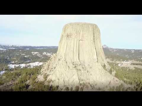 BEAUTIFUL DRONE VIDEO OF DEVILS TOWER WYOMING IN 4K ULTRA HD 2017, WITH FLAT HORIZON!