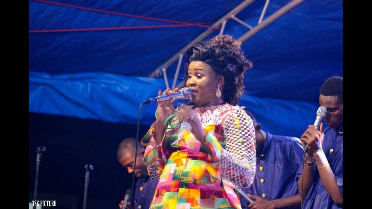 Download Lokumu eza yayo - Anne Keps - (Live) OLIANNE MUSIC